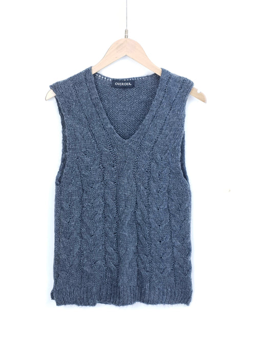 KIRA | Chunky Knit Sleeveless Jumper | Grey