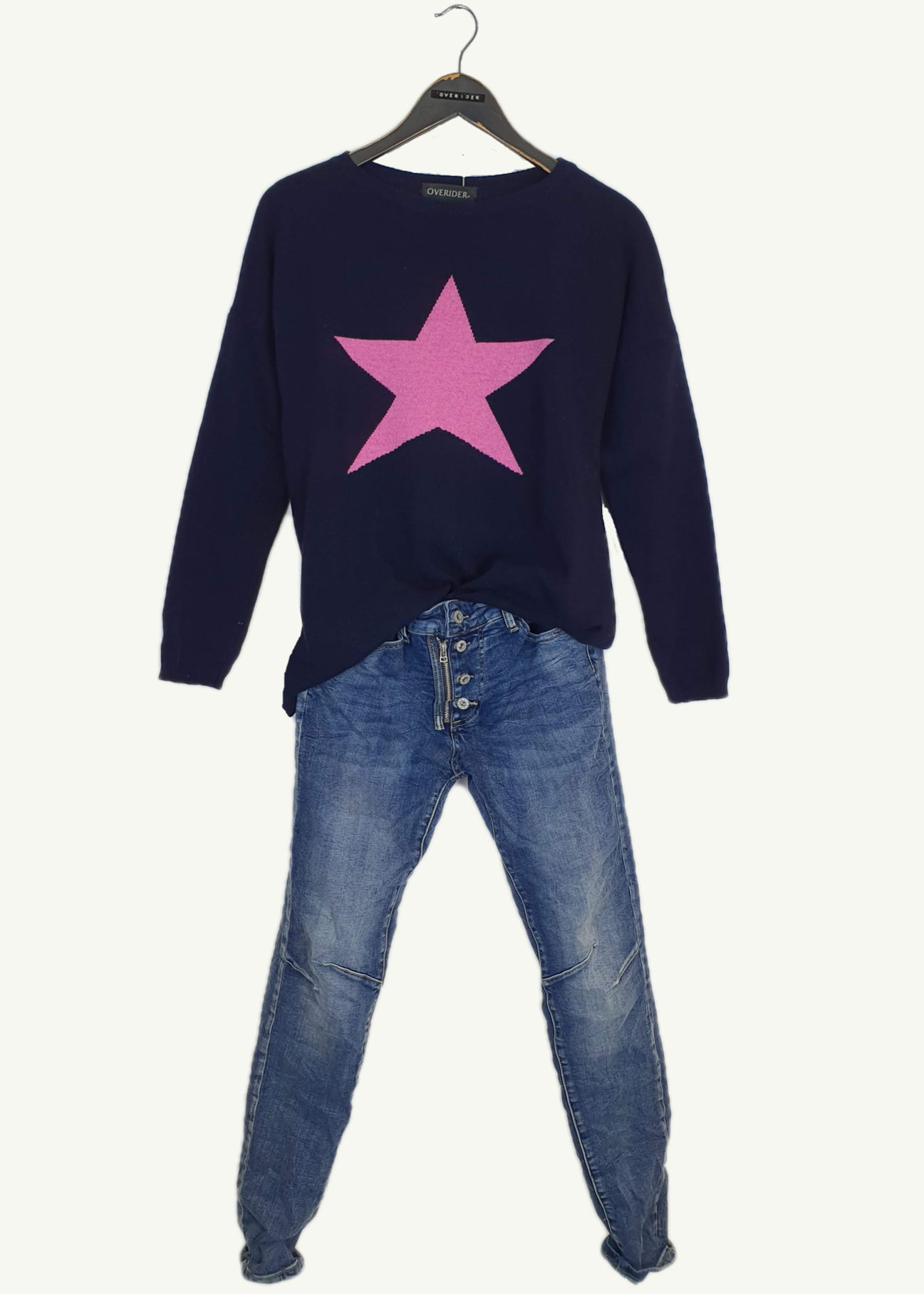 STAR BURST<br>Outfit Price: