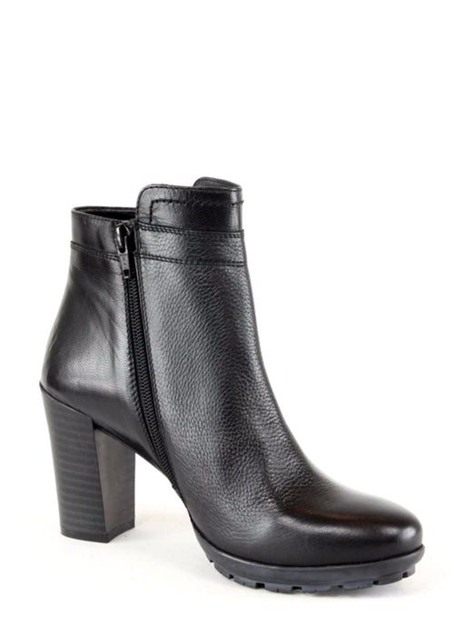 EVA - Leather Ankle Boots