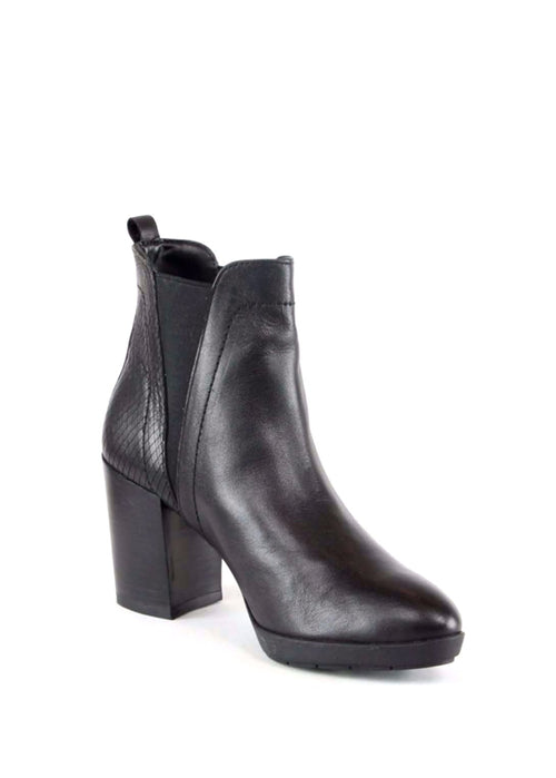 ANAIS - Leather Ankle Boots