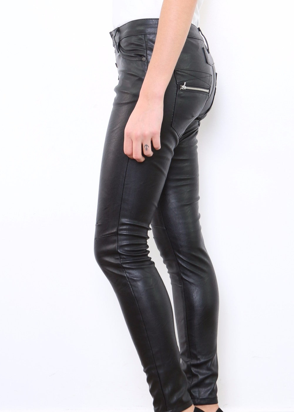 INGA Jeans - Vegan Leather