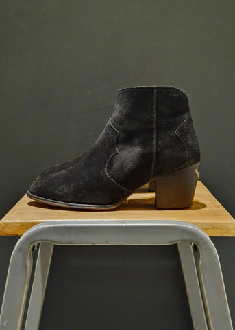 Preworn | Preloved <br> 'ALL SAINTS' <br>Short Cowgirl Boot <br>Size 5 UK