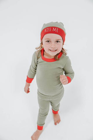 Holiday PJ & Cap Set- Mistletoe