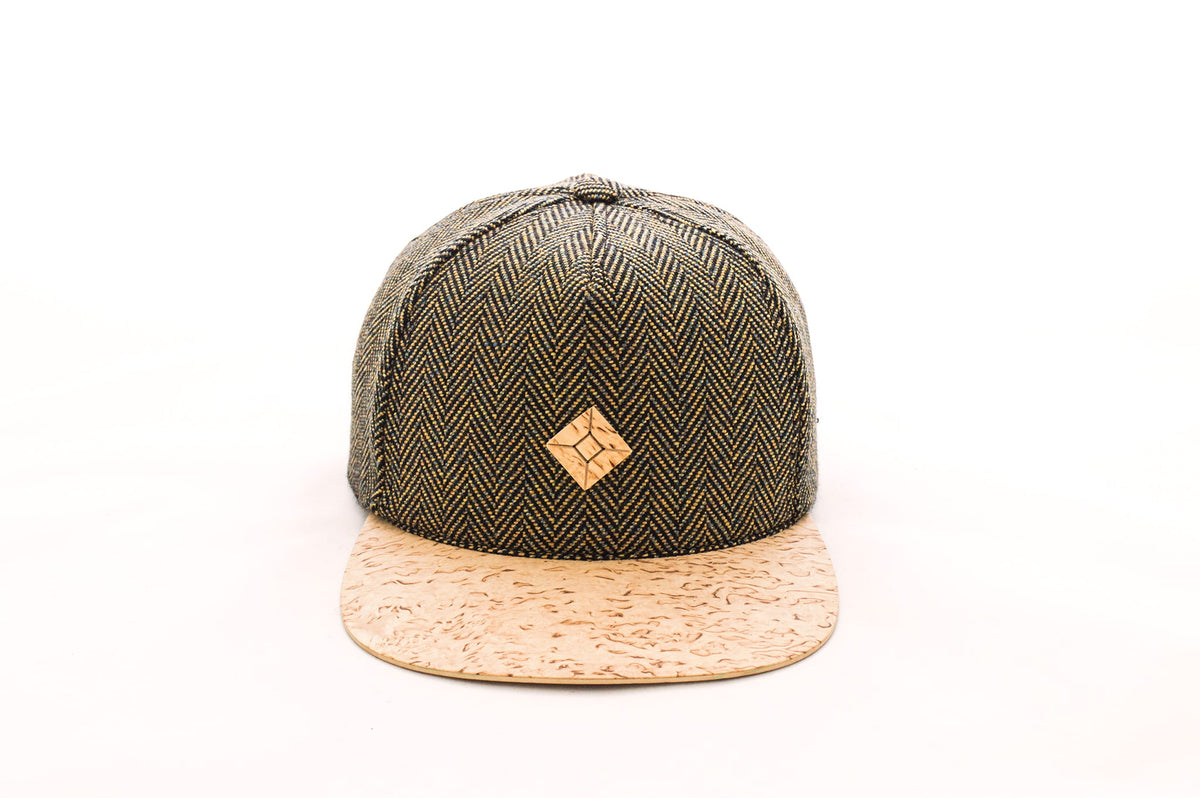 Snapback hat with Masur Birch wood brim