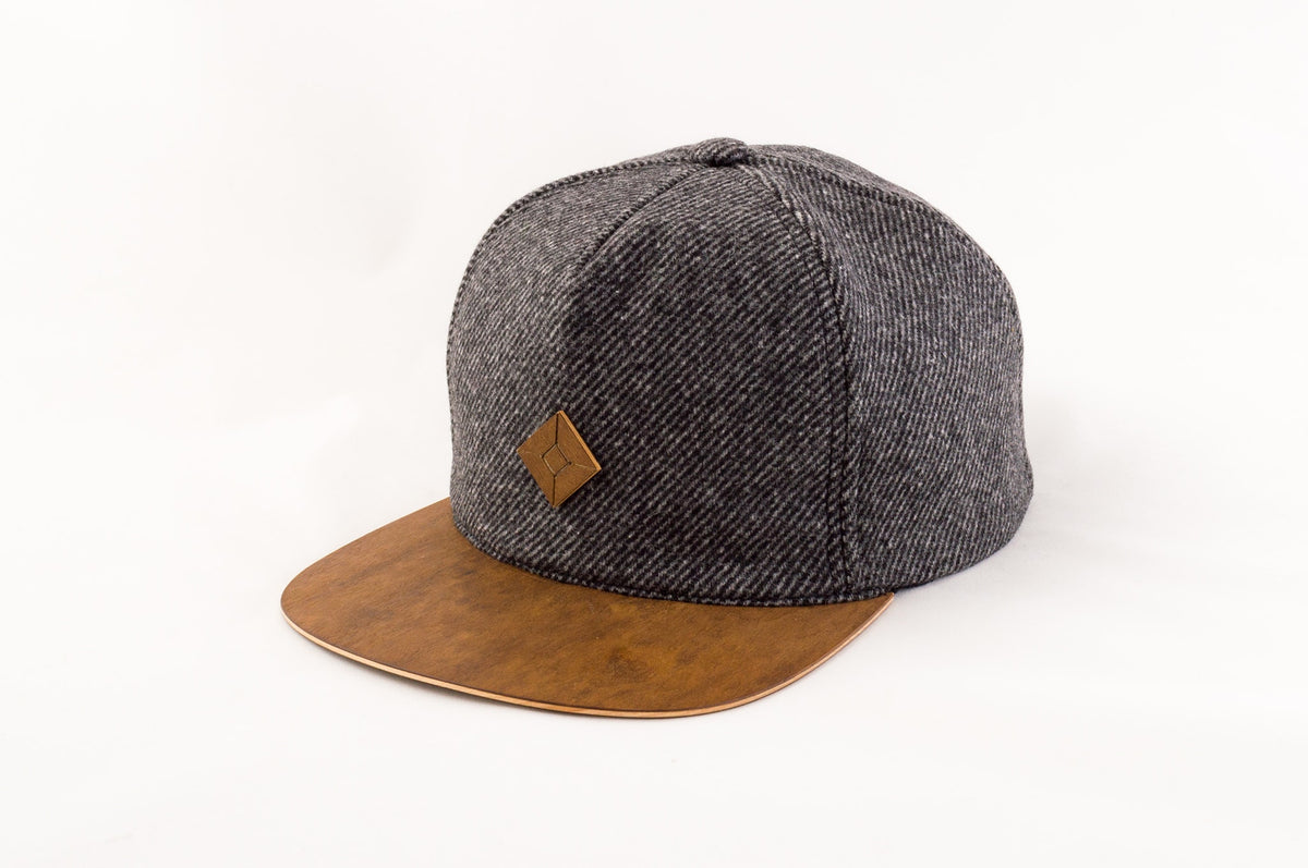 english tweed hat with wood brim