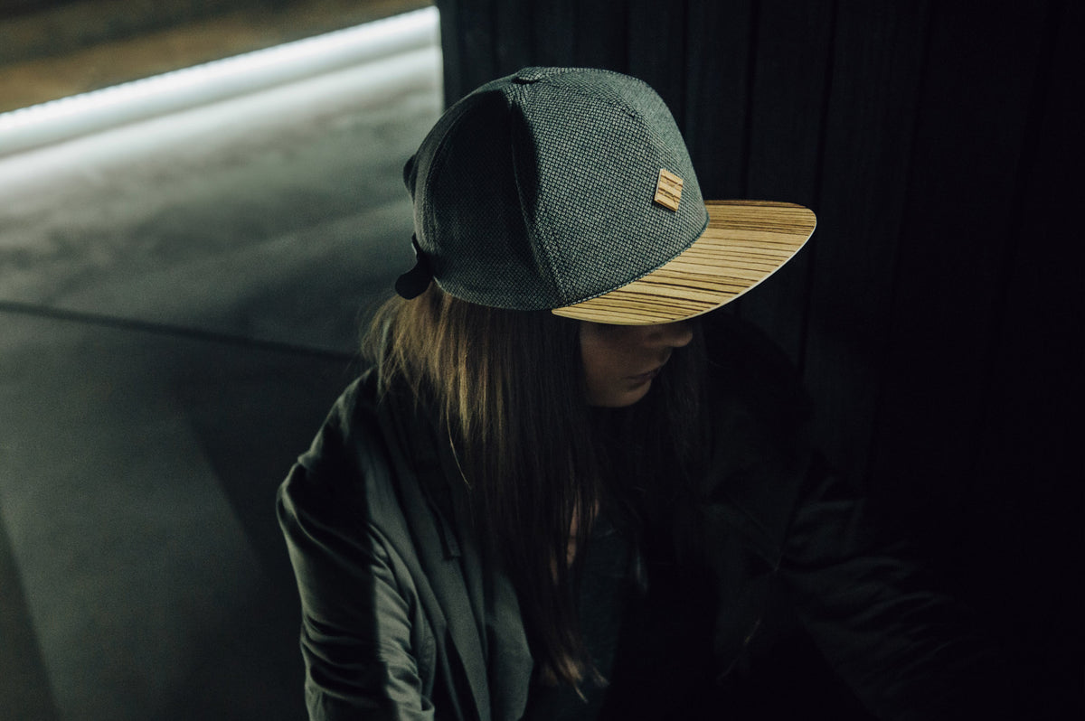 girl with snapback hat