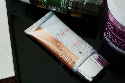 Day Light Sunscreen Protection di Neogen