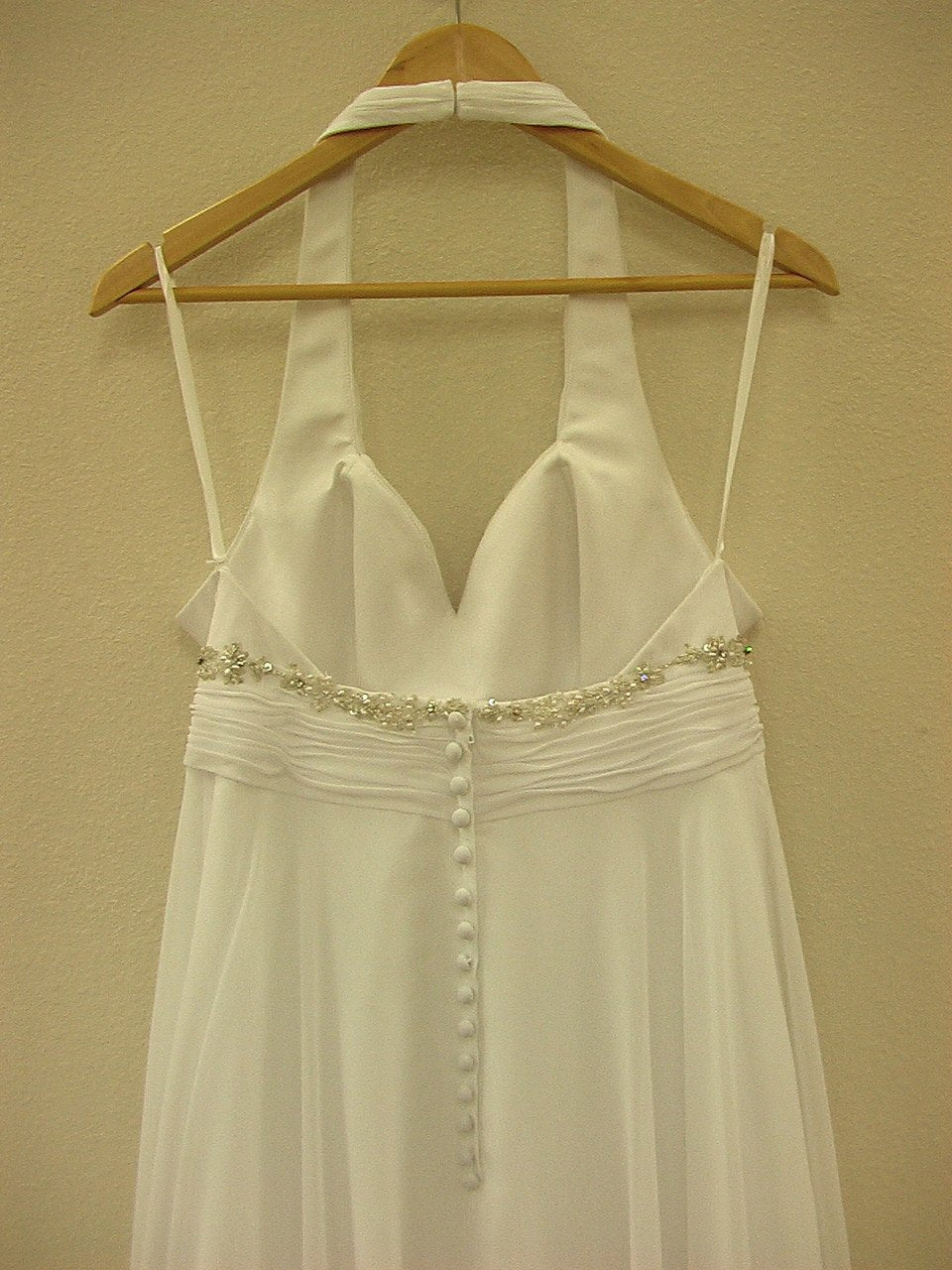 Allure 2266 White size 12 In Stock Wedding Dress - Tom's Bridal