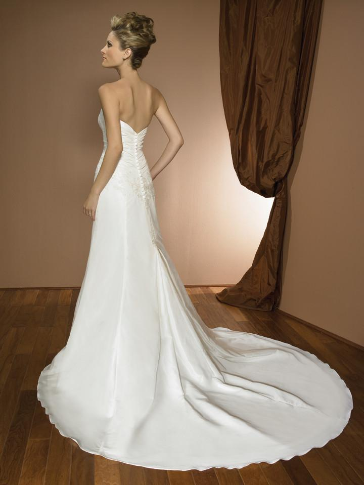 Allure 2315 Ivory size 12 New In Stock Wedding Dress - Tom's Bridal