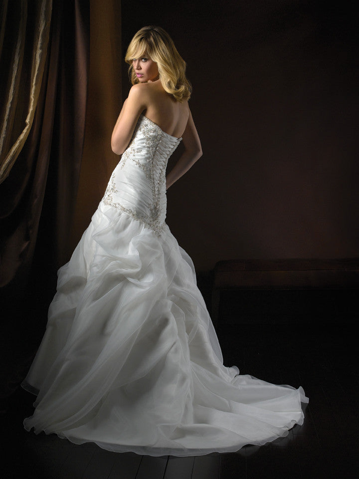 Allure 2359 Ivory/Silver size 14 In Stock Wedding Dress