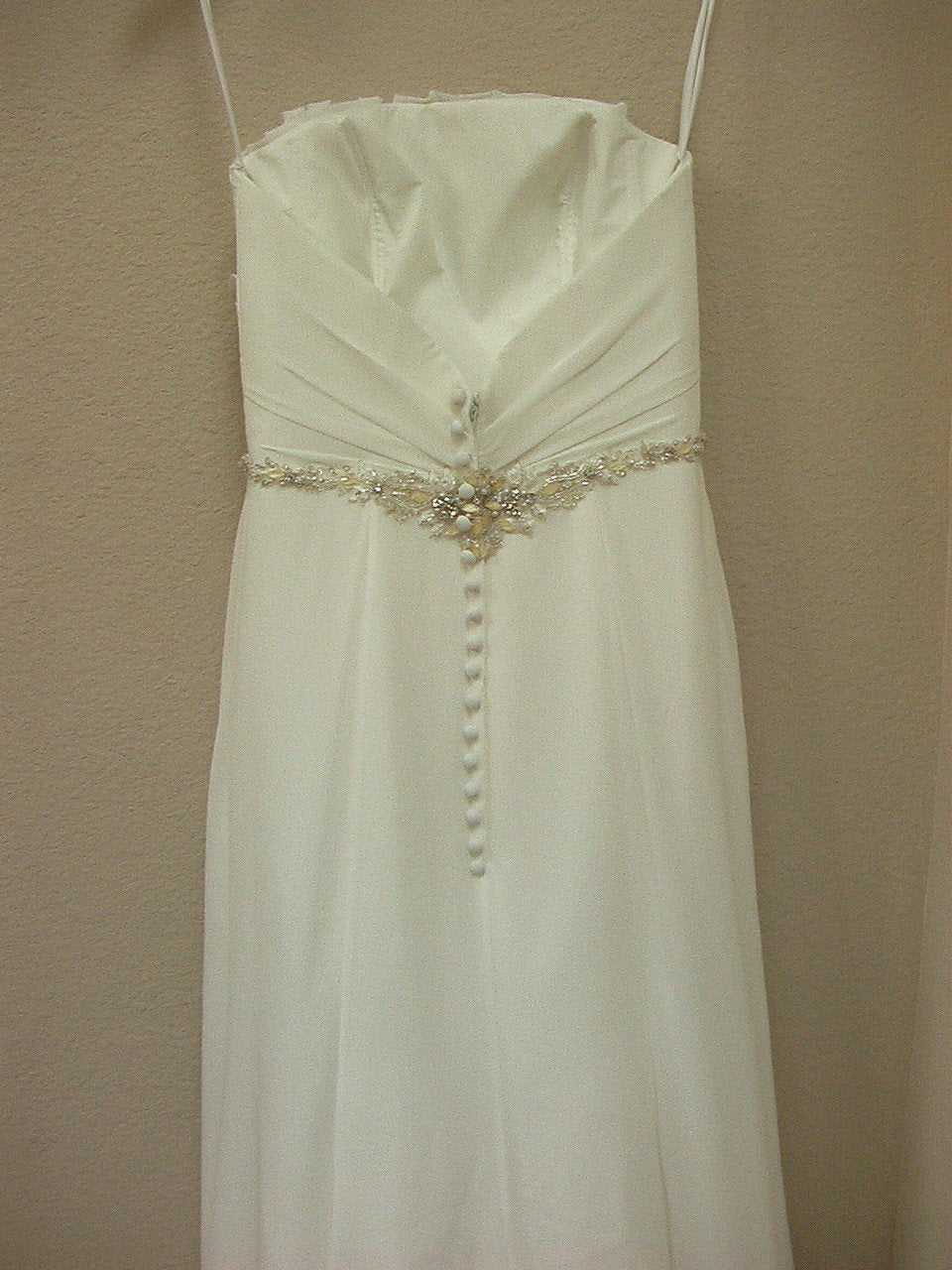 Allure 920 Ivory/Silver size 6 In Stock Wedding Dress - Tom's Bridal