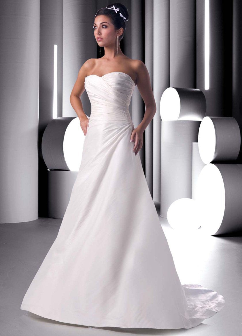 DaVinci 8251 Ivory size 18 In Stock Wedding Dress – Tom\'s Bridal