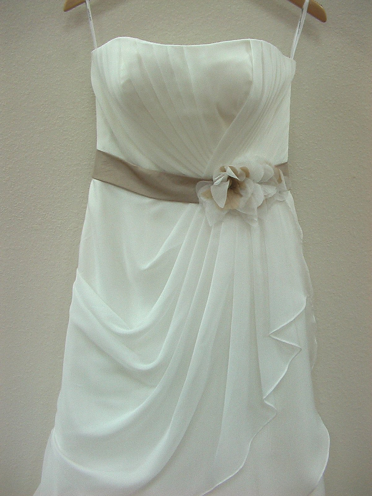 DaVinci 8465 Ivory Café size 6 In Stock Wedding Dress - Tom's Bridal