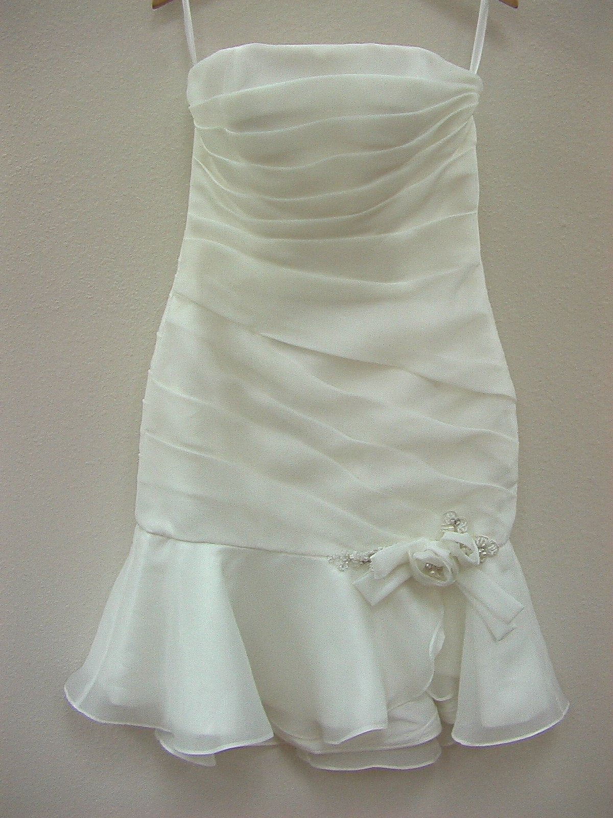 Dere Kiang 11055 Ivory/Silver size 8 New In Stock Wedding Dress - Tom's Bridal