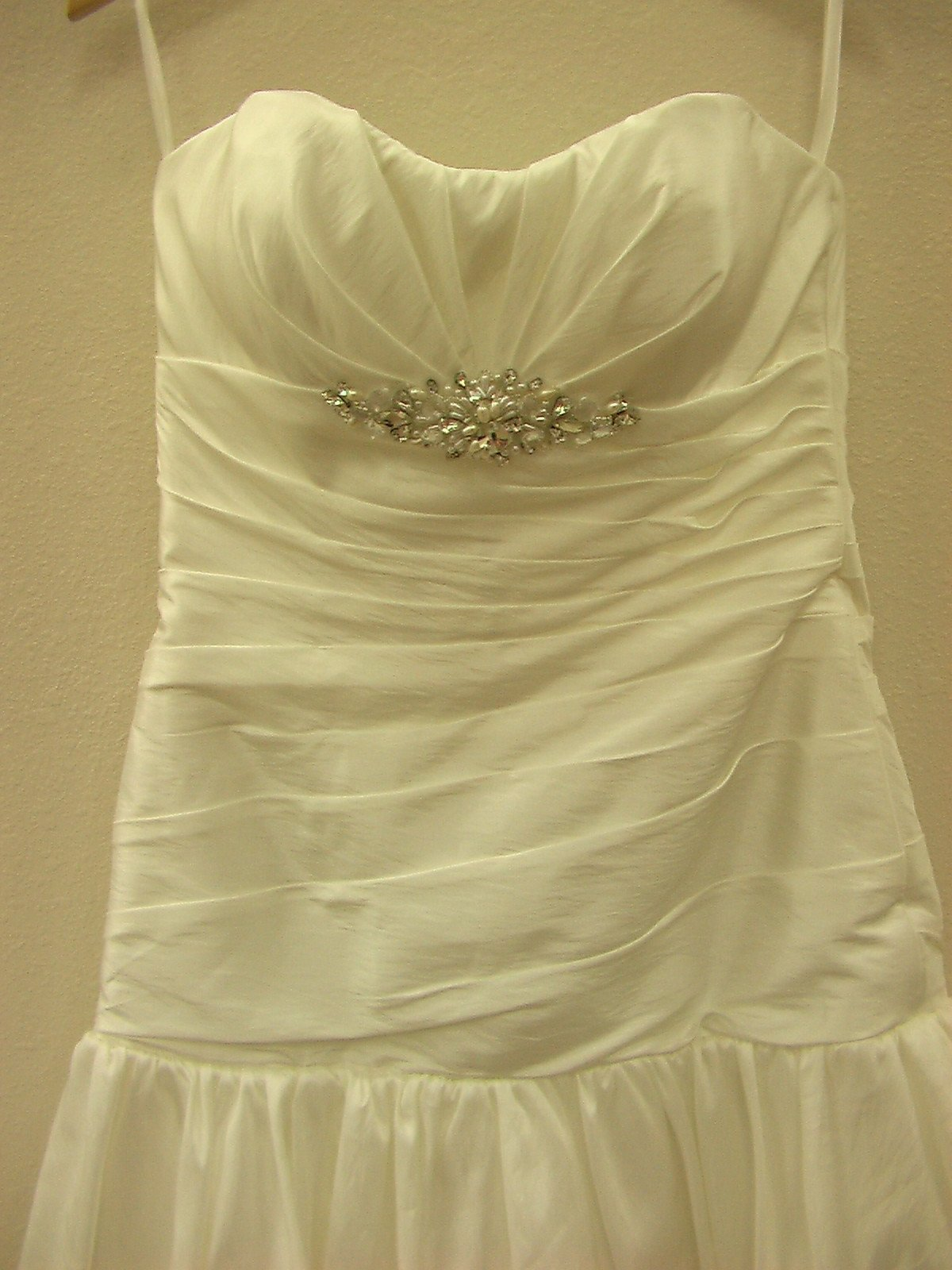 Dere Kiang 11065 Ivory/Silver size 10 In Stock Wedding Dress - Tom's Bridal
