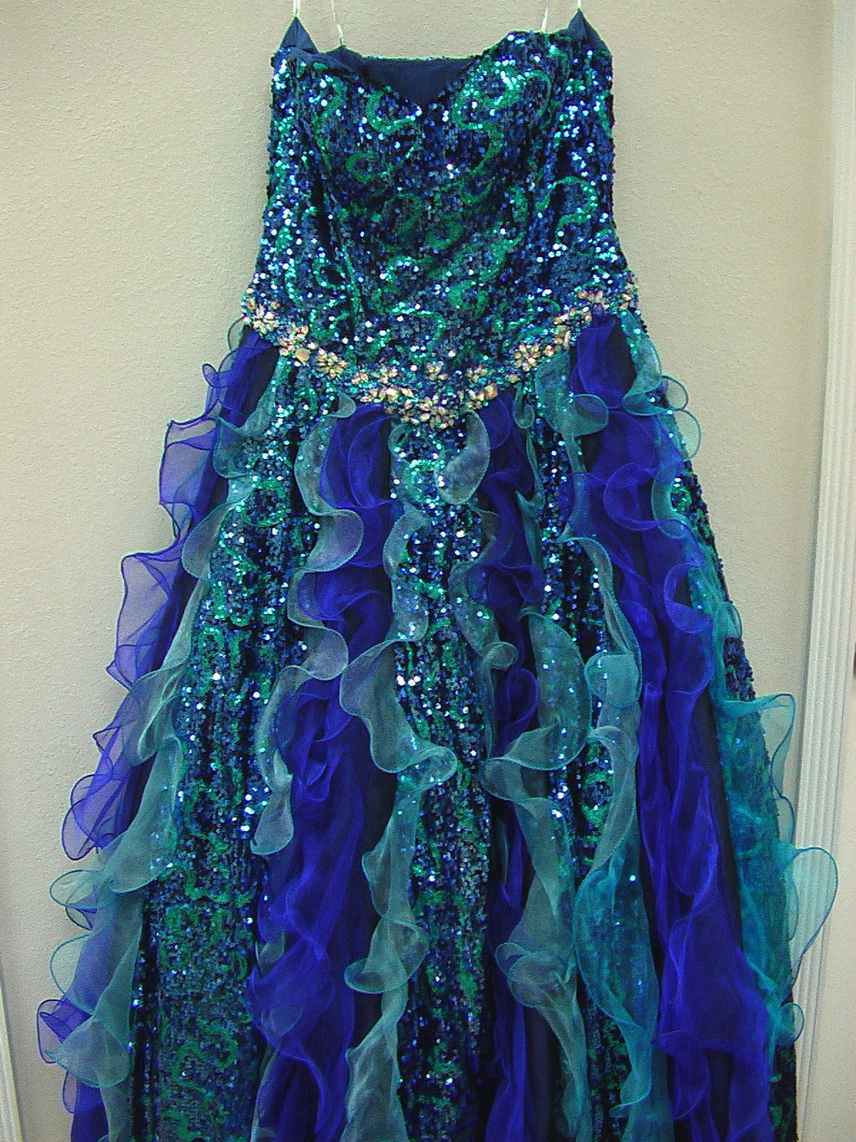 House of Wu 26673 Royal/Turquoise size 12 In Stock Quinceanera Dress - Tom's Bridal