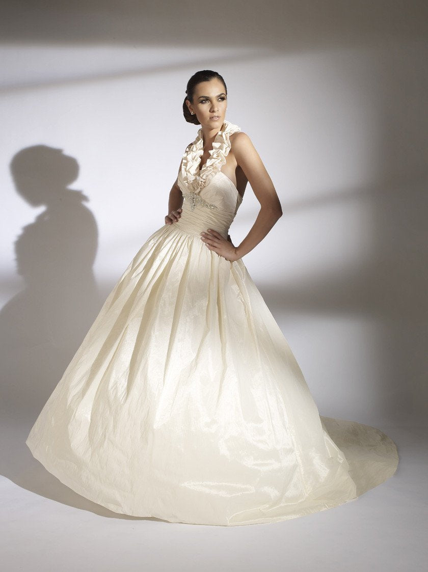 Jacquelin Exclusive 19843 Ivory/Silver size 6 In Stock Wedding Dress ...
