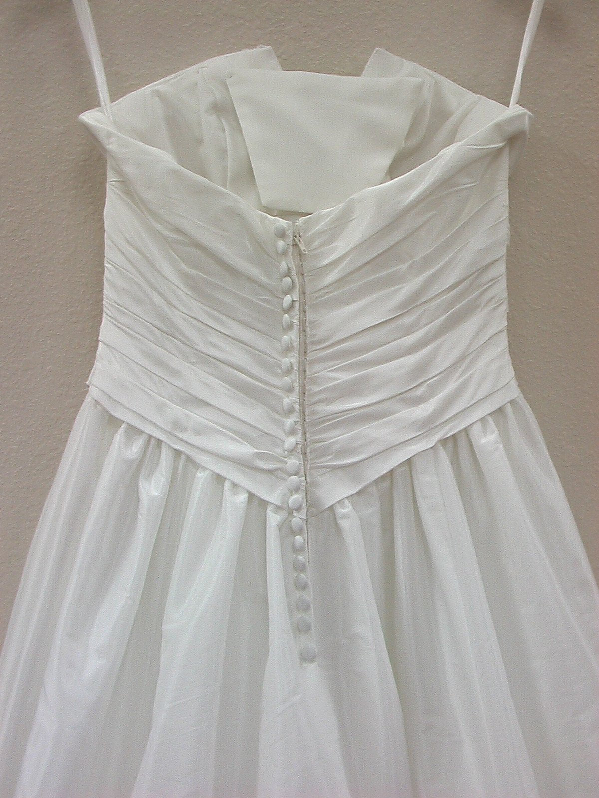Jacquelin Exclusive 19843 Ivory/Silver size 6 In Stock Wedding Dress - Tom's Bridal