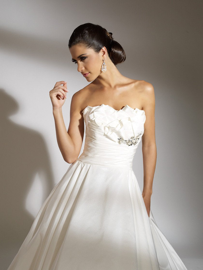 Jacquelin Exclusive 19857 White/Silver size 8 In Stock Wedding Dress ...