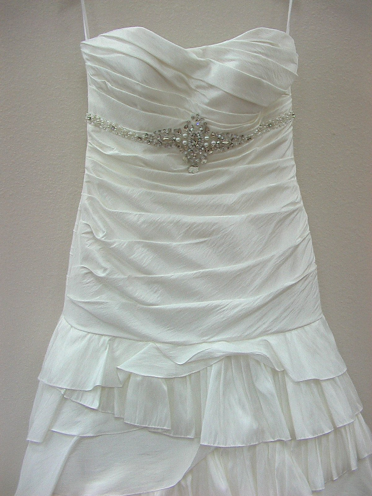 Jacquelin Exclusive 19860 Ivory/Silver size 12 In Stock Wedding Dress - Tom's Bridal