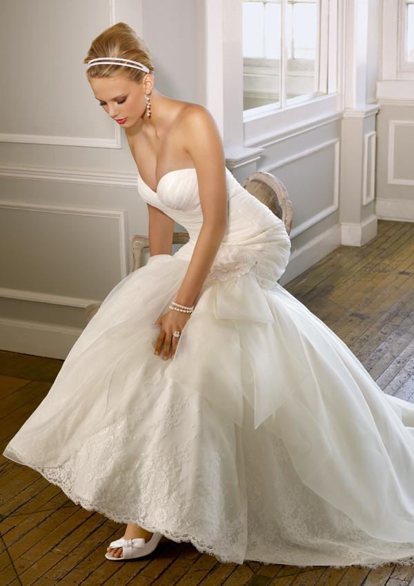 Mori Lee 1602 Ivory size 12 In Stock Wedding Dress - Tom's Bridal