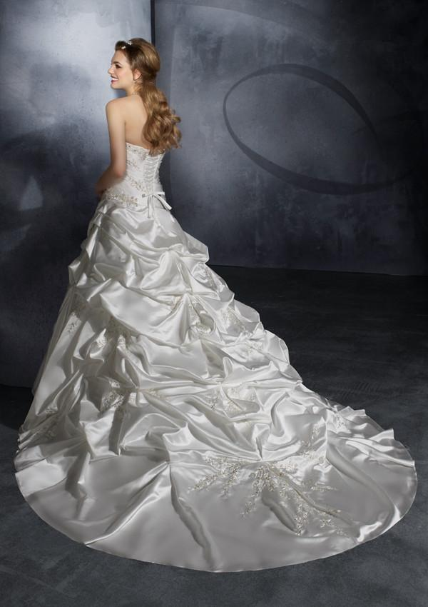 Mori Lee 2913 Ivory/Silver size 14 In Stock Wedding Dress