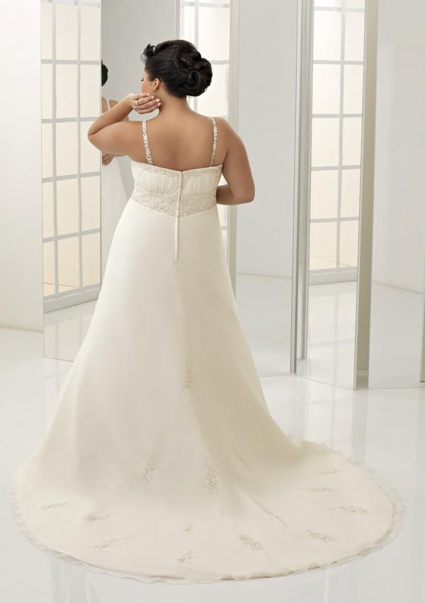 Mori Lee Julietta 3031 Ivory/Silver size 22 In Stock Plus Size Wedding Dress