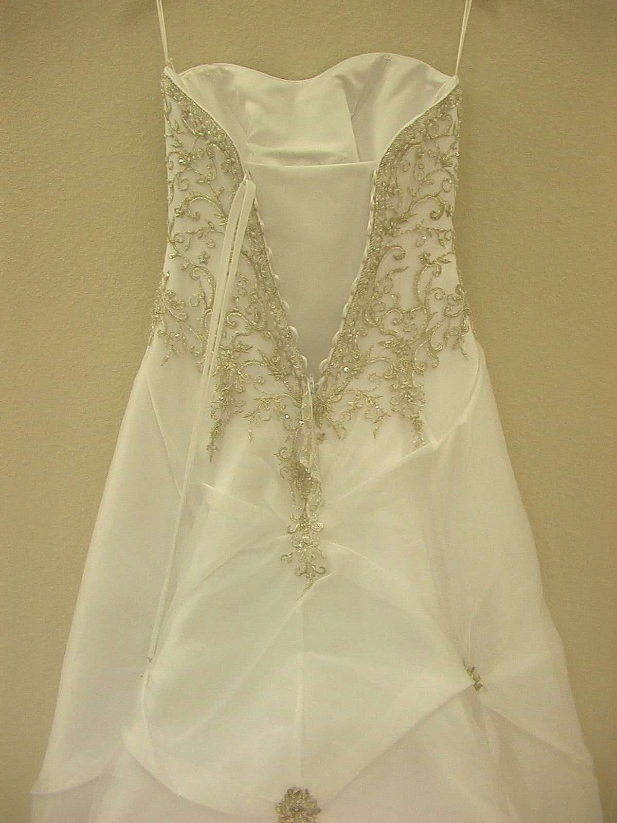 Mori Lee Blu 4133 White/Silver size 10 In Stock Wedding Dress - Tom's Bridal