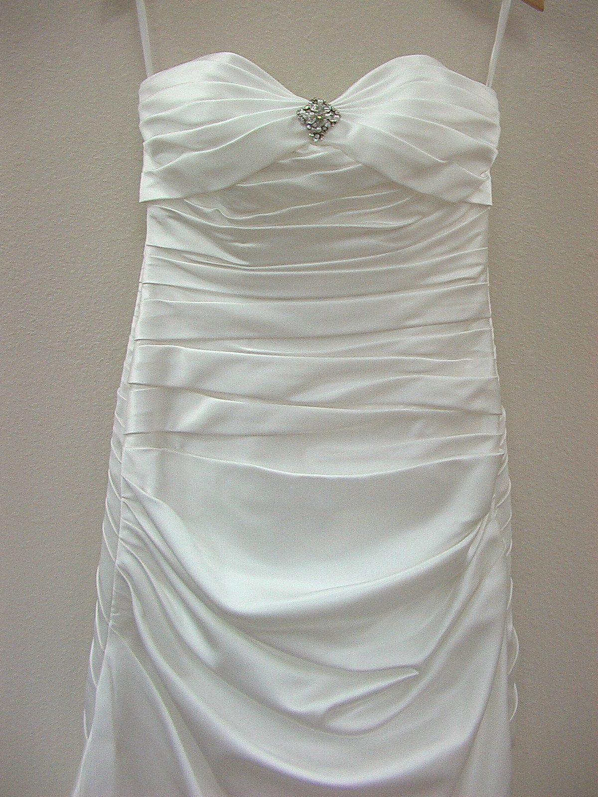 Mori Lee Blu 4501 Diamond White size 8 In Stock Wedding Dress - Tom's Bridal