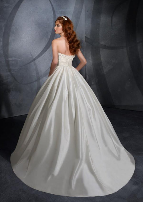 Mori Lee Blu 4710 Ivory size 2 New In Stock Wedding Dress
