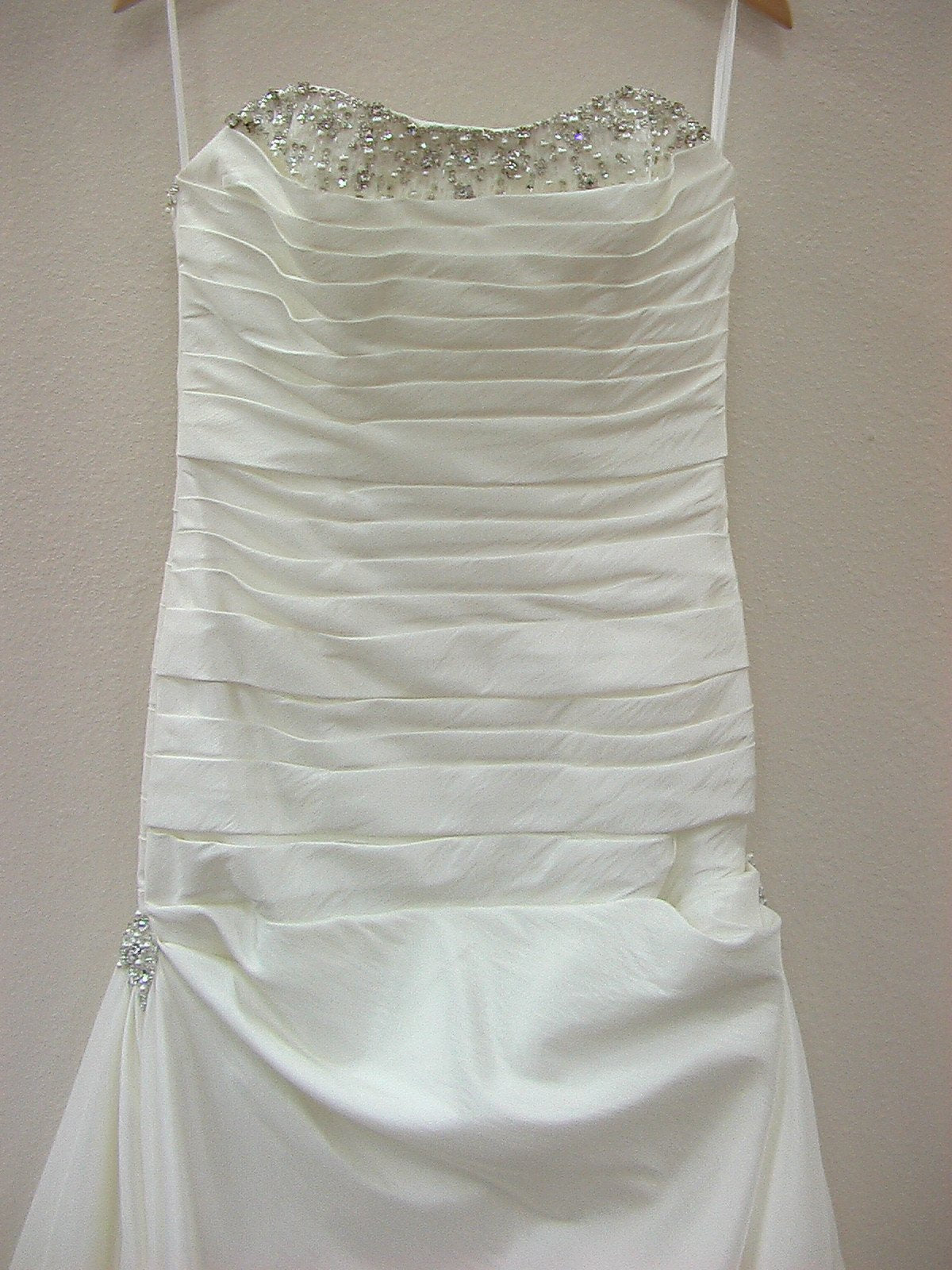 Mori Lee Voyage 6704 Ivory/Silver size 8 In Stock Destination Beach Wedding Dress
