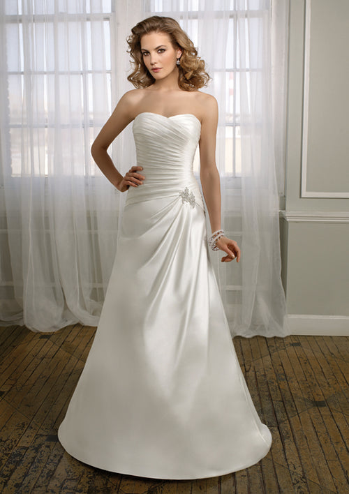 Mori Lee Voyage 6717 Ivory/Silver size 14 In Stock Destination Beach Wedding Dress