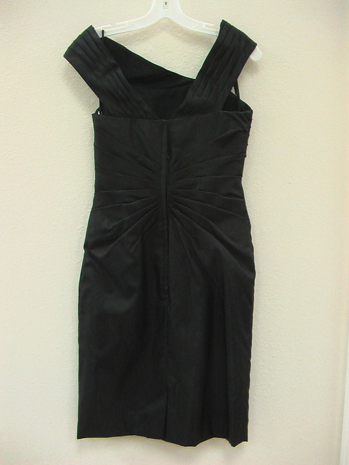 Mori Lee 891 Black size 8 In Stock Bridesmaid Dress - Tom's Bridal