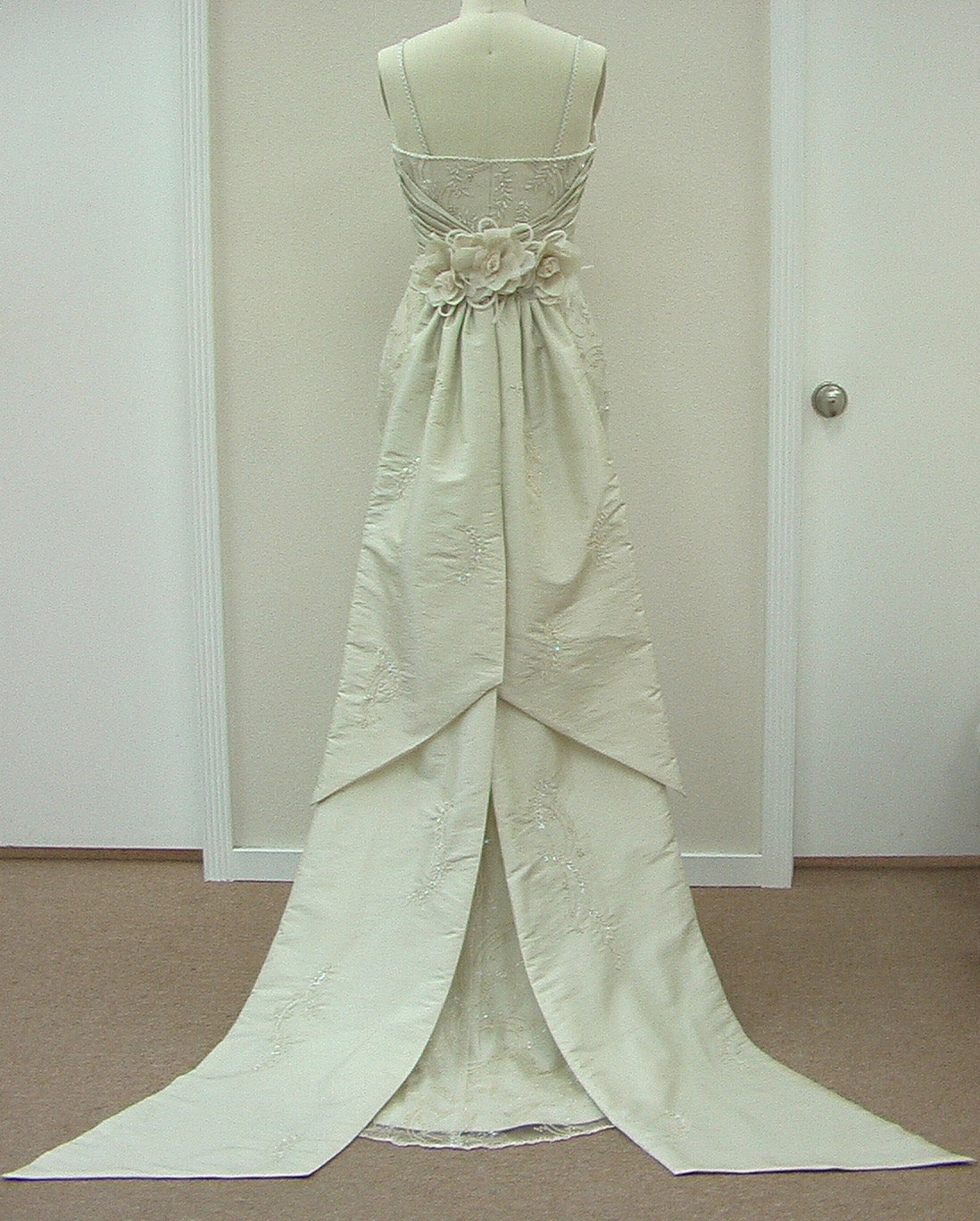 Pattis 1015 Anneliese Sand size 8 In Stock Wedding Dress - Tom's Bridal
