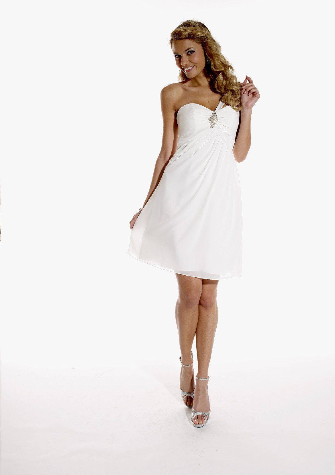 Pretty Maids 22421 Sangria size 10 In Stock Bridesmaid Dress - Tom's Bridal