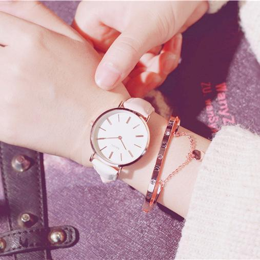 Fashion Casual Wild Watches Women Simple Scale Ladies Wristwatches Classic Quartz Leather Female