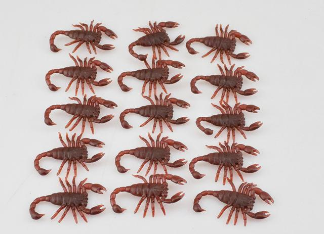 PINkart-USA Online Shopping xiezi 10Pcs Spoof Toy Novelty Funny Simulation Centipede Scorpion Fly Cockroach House Lizard Fun Toys