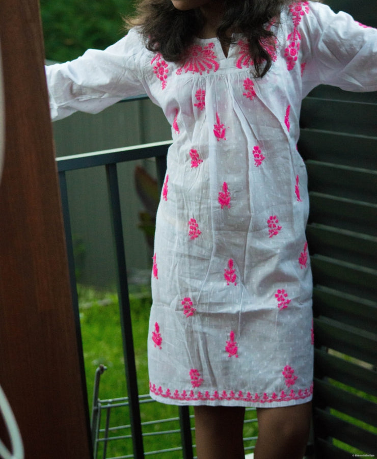 Girls White Tunic With Pink Thread Embroidery