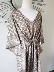 Long Kaftan - Gray Dabu Print With Tussles