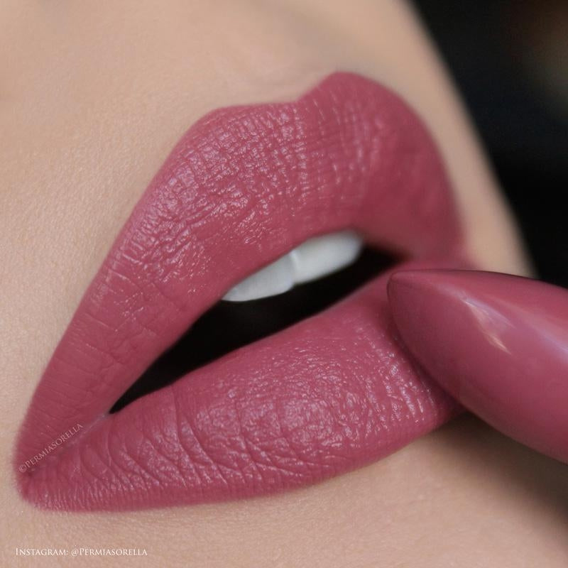 Youngblood Lipstick 4g - Cedar