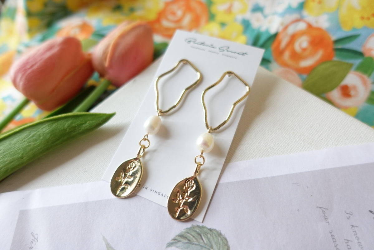 Cache Vintage Rose Earrings