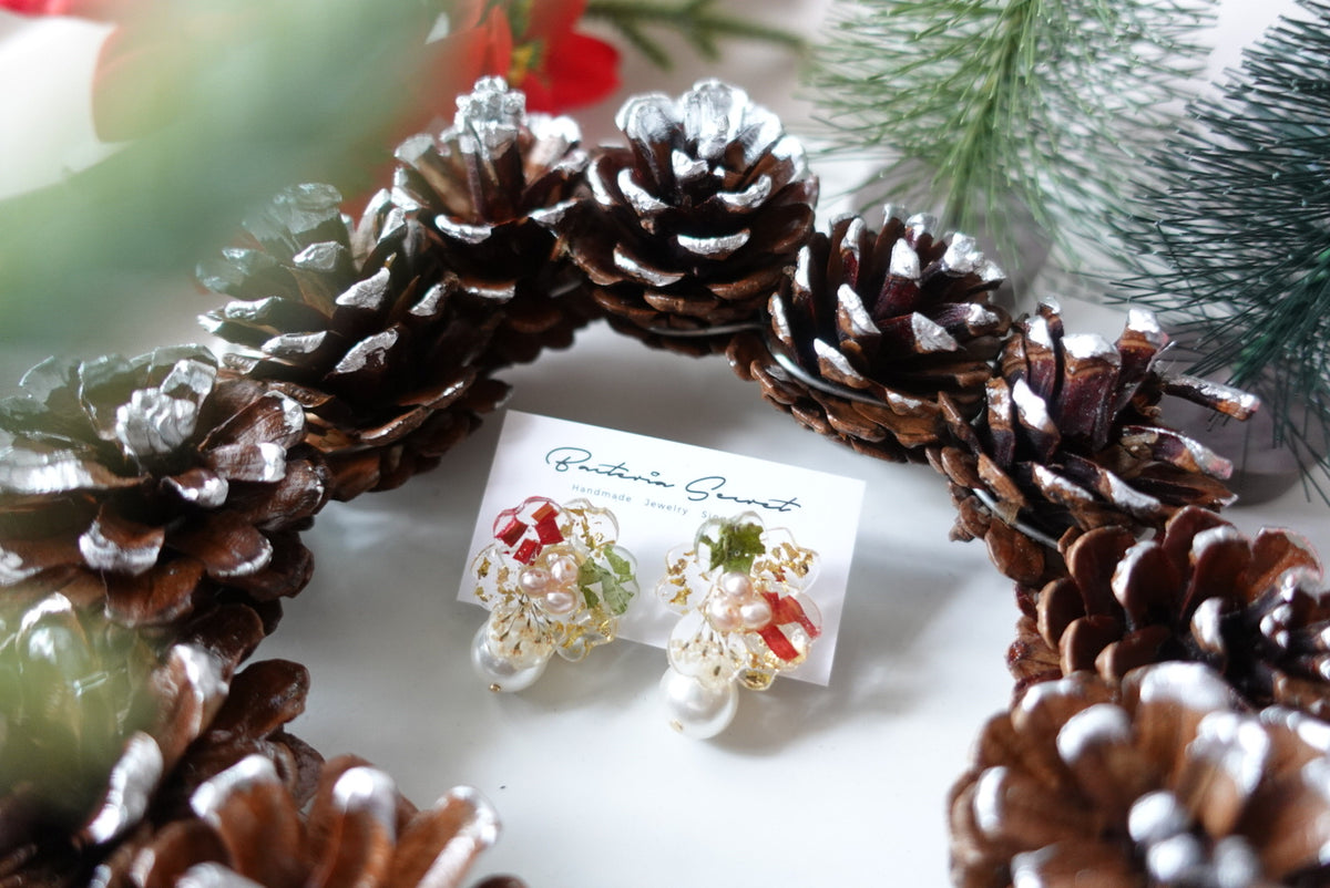 Blondelle 2 ways Christmas Studs