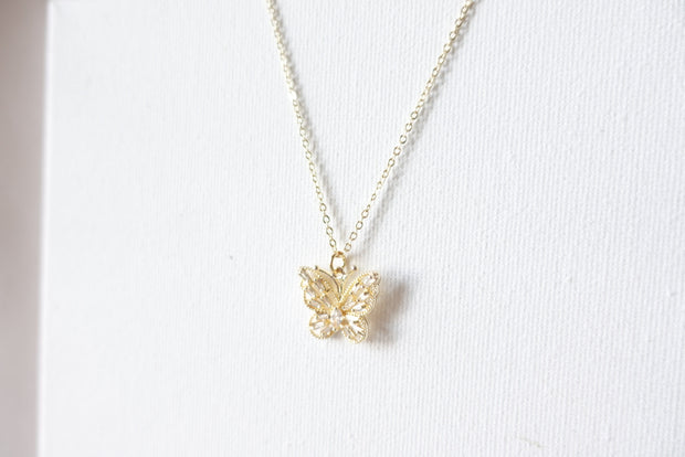 Belle 18k Vintage Butterfly Short Necklace