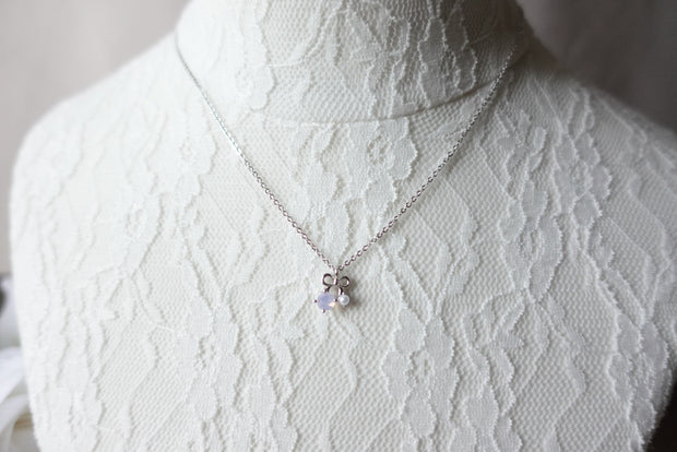 Breanna Ribbon Crystal Short Necklace