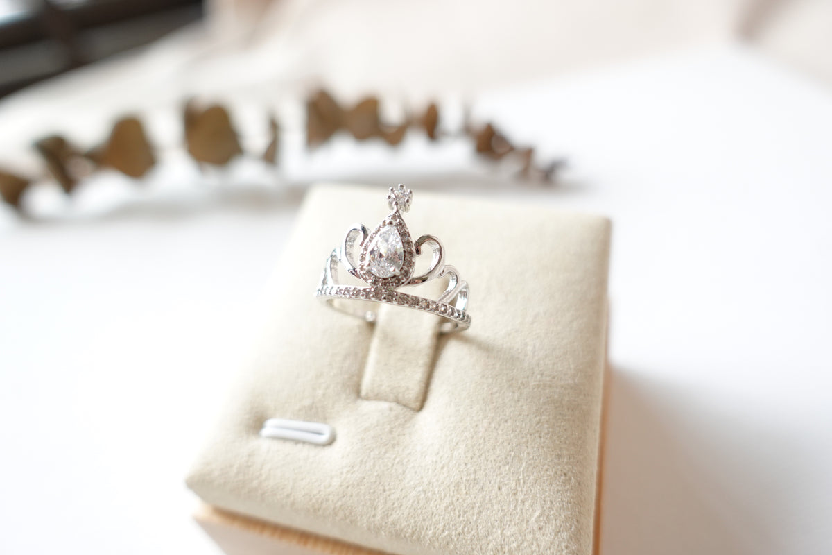 Silver Crown Crystal Ring *Exclusive*