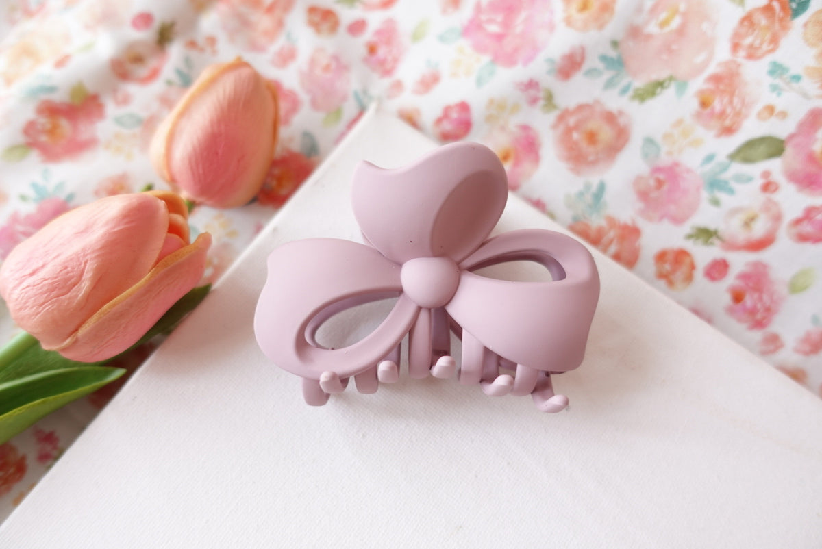 Matte Ribbon Claw Clip