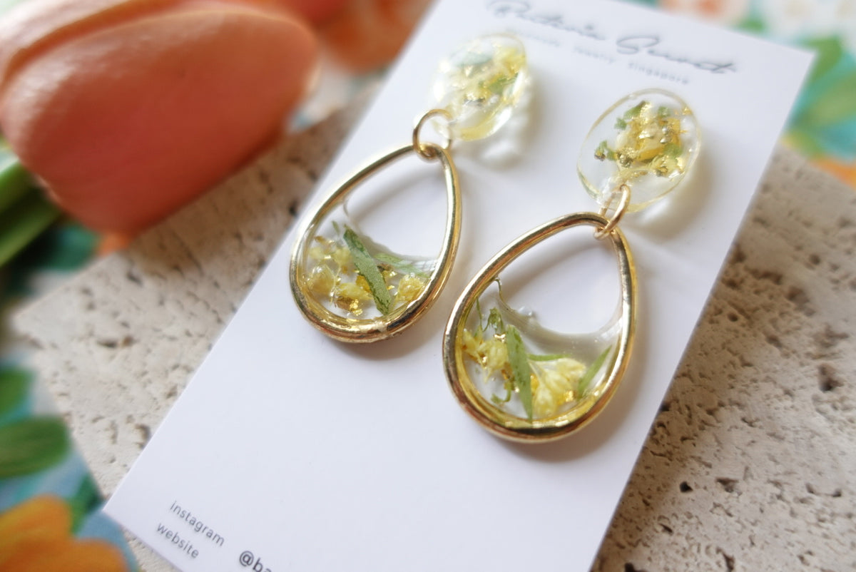 Carlota Spring Flower Earrings