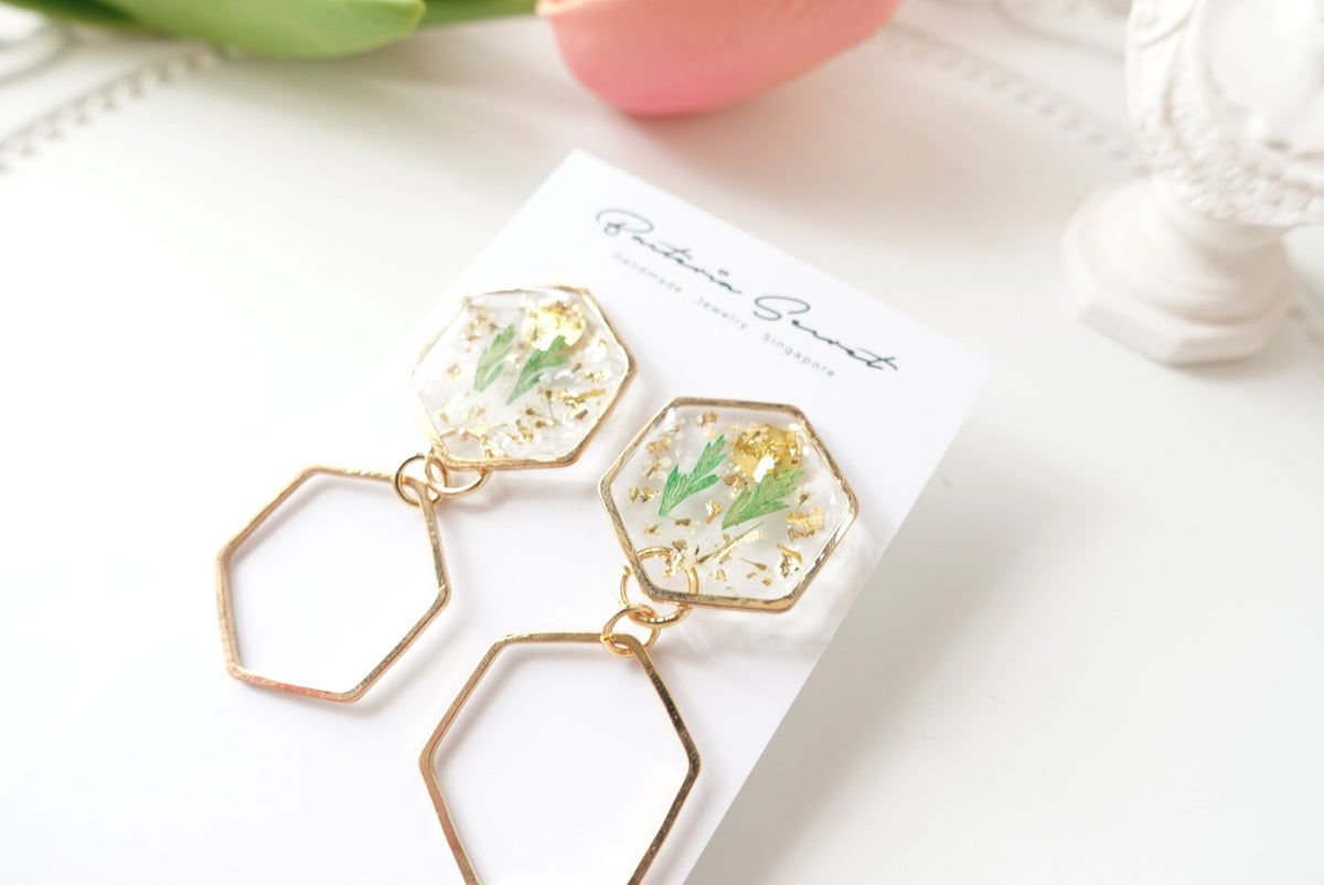 🌸Spring Collection🌸 Ardara Green Leaves Geometrical Earrings