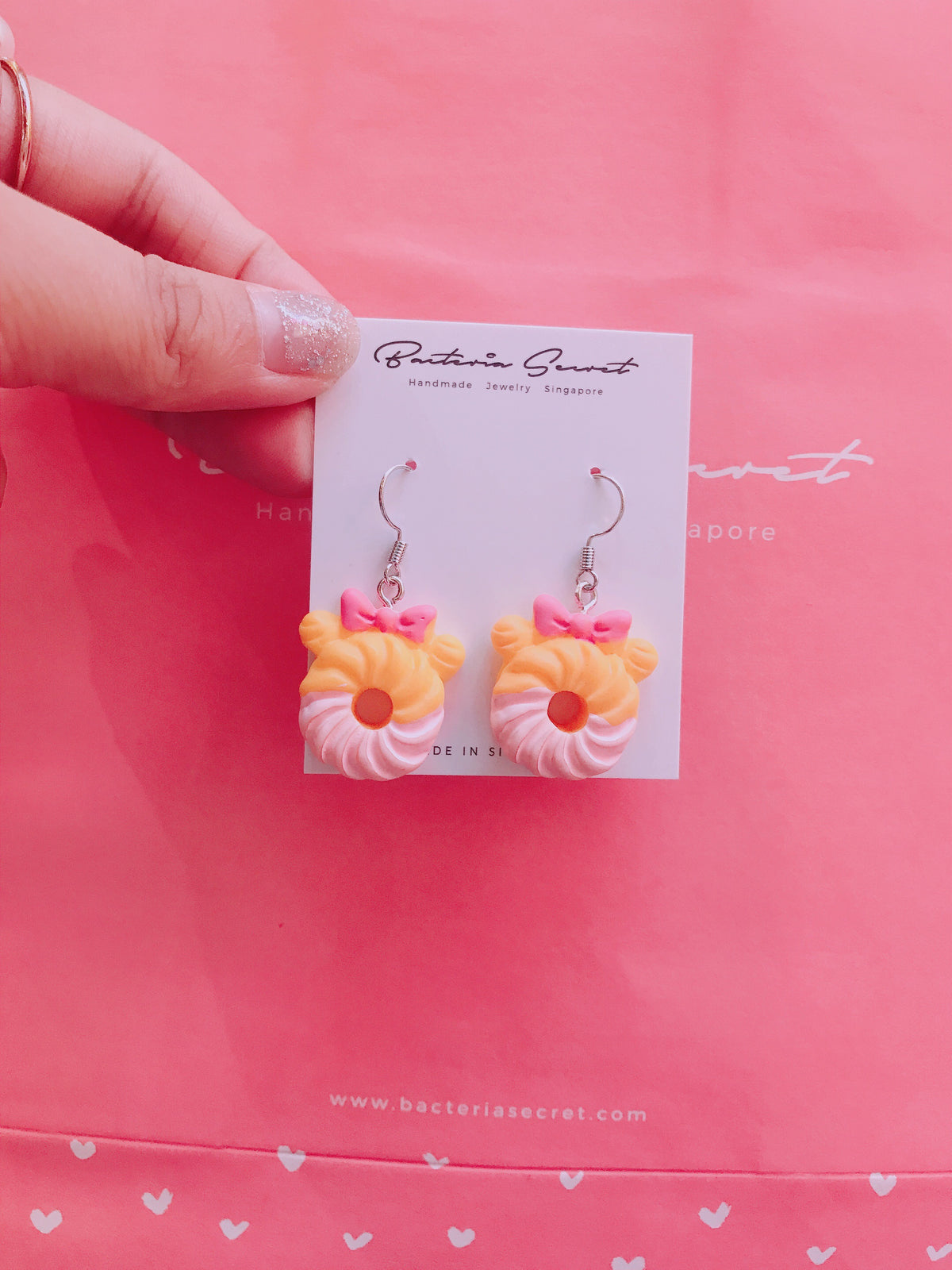 Donut Ribbon Earrings