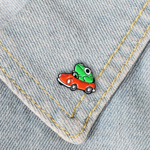 FROGGY CAR Pin